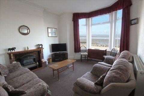 Sandown Holiday Flats- Flat 1 Living Room