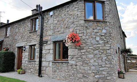 Carr Bank Holiday Cottages, Nr Arnside